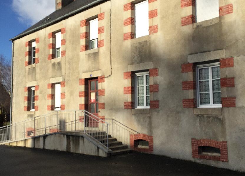 Appartement à louer 63.66m2 à Bourbriac