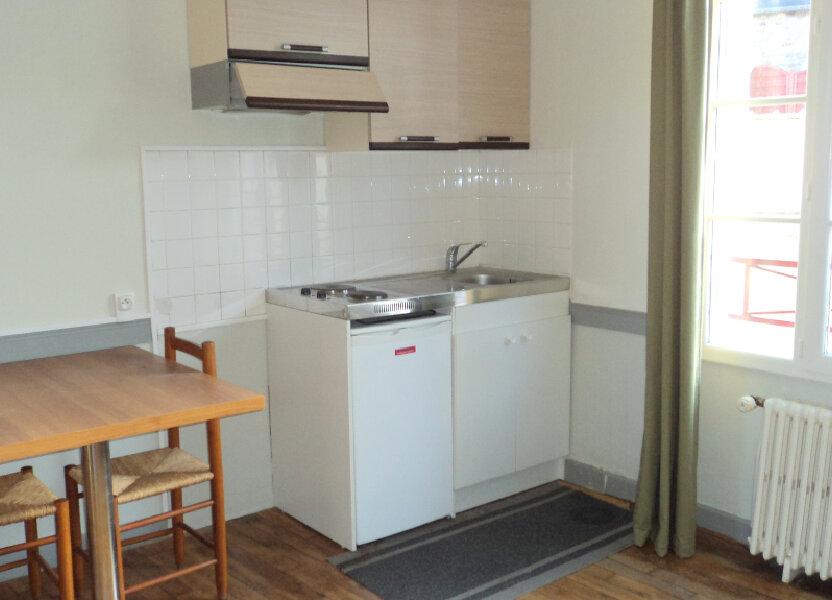 Appartement à louer 17.16m2 à Guingamp