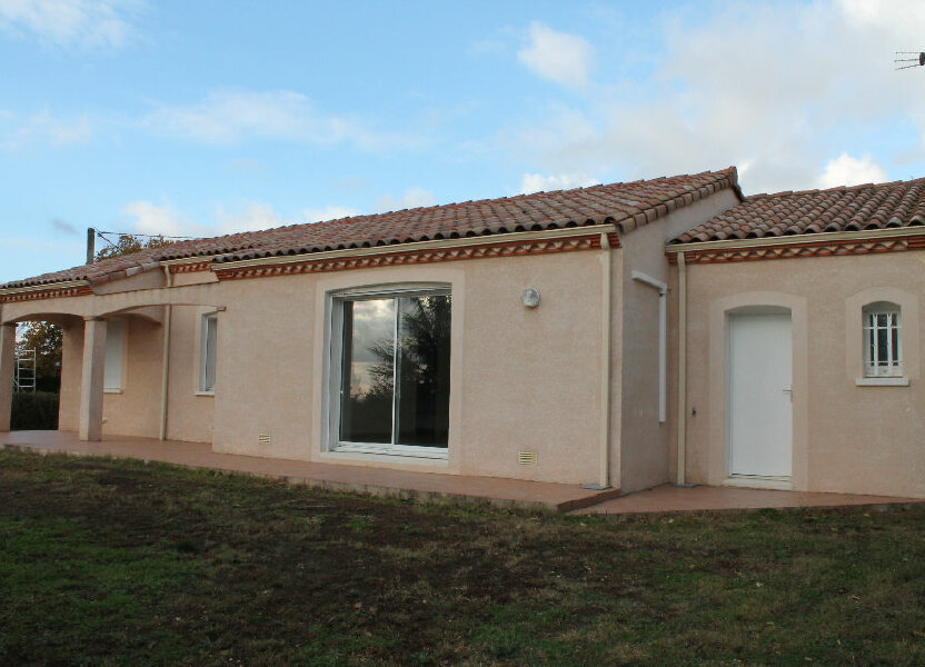 Maison à louer 93m2 à Saïx
