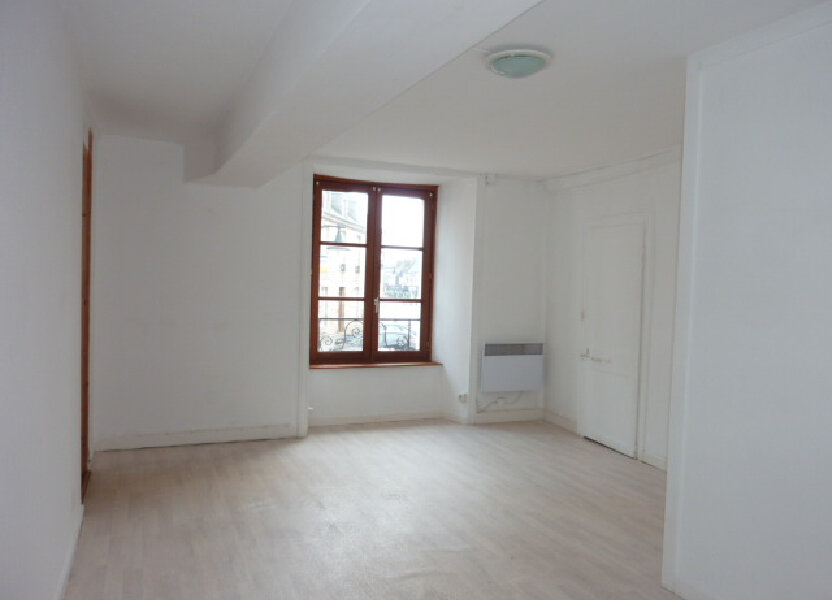Appartement à louer 60m2 à Saint-Vaast-la-Hougue