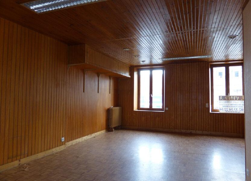 Appartement à louer 59.7m2 à Quettehou