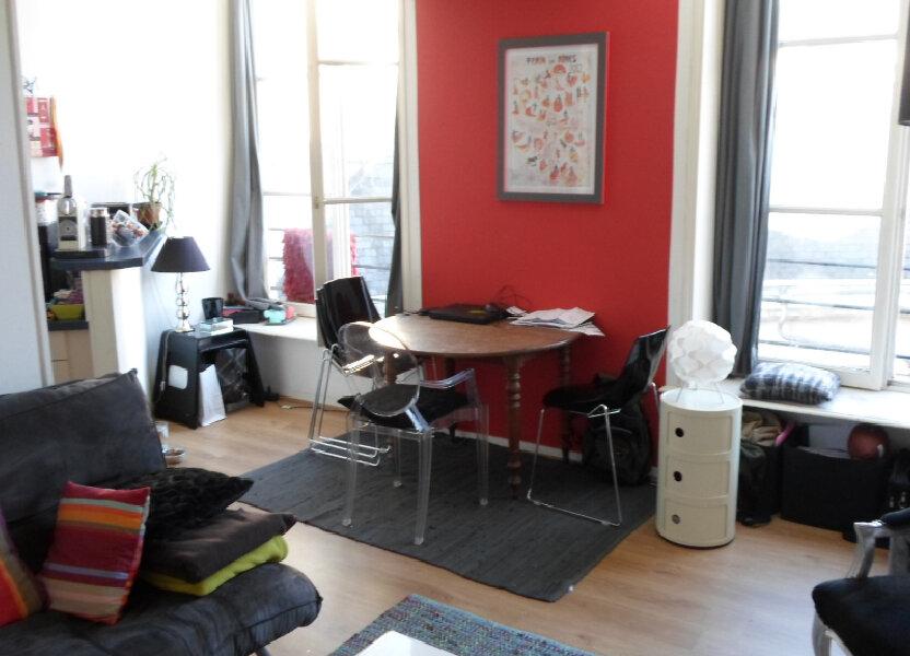 Appartement à louer 47.6m2 à Lille