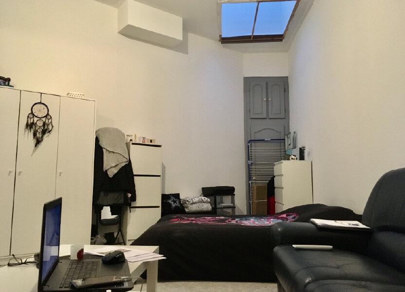 Appartement à louer 31.98m2 à Lille