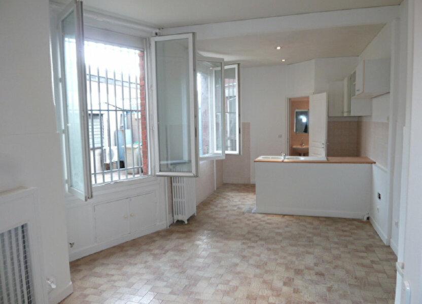 Appartement à louer 27.99m2 à Saint-Ouen