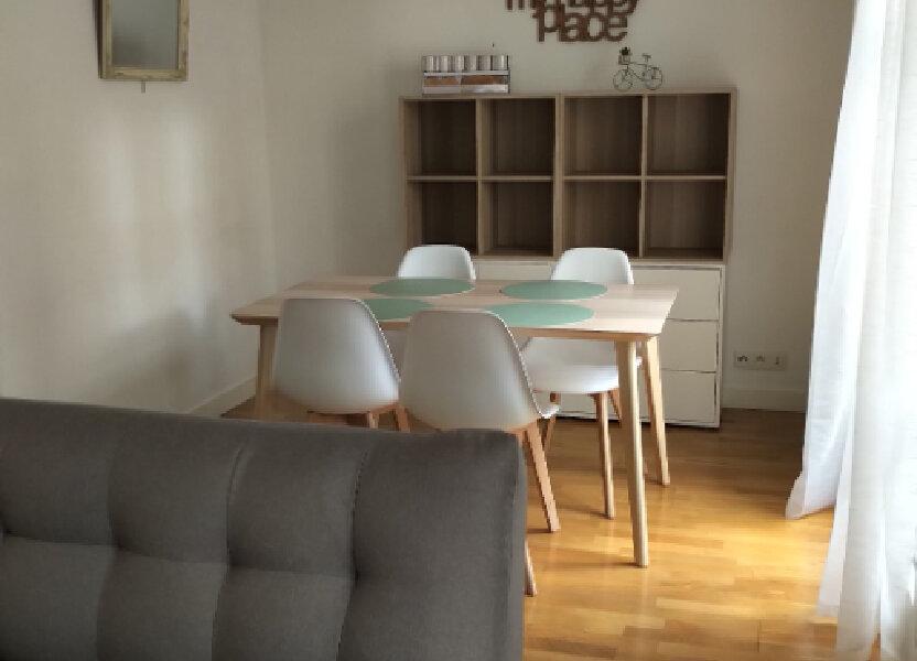 Appartement à louer 59m2 à Paris 15