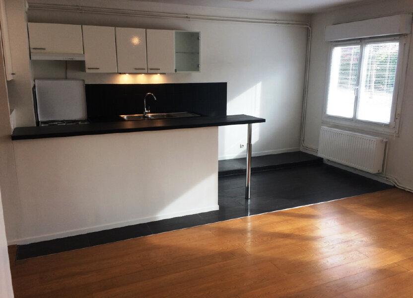 Appartement à louer 49.57m2 à Senlis