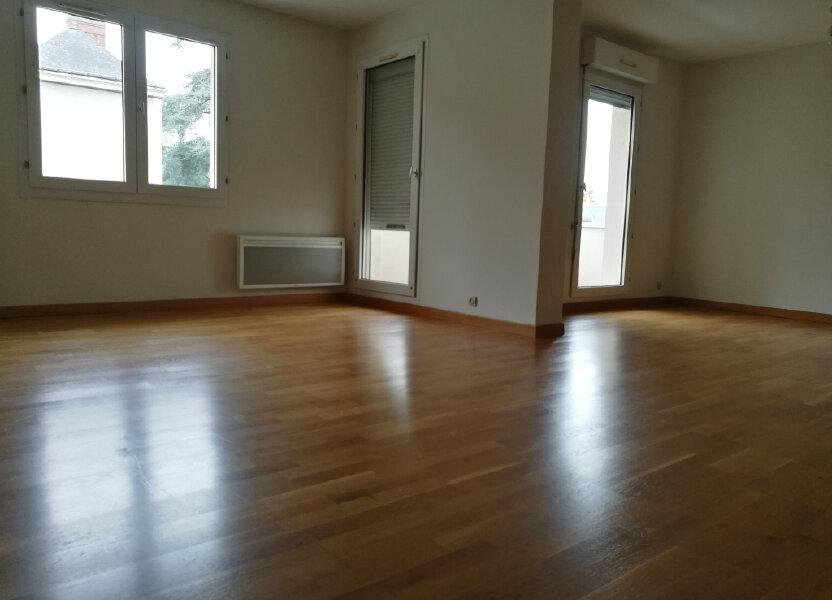 Appartement à louer 86.02m2 à Tours