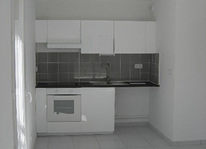 Appartement à louer 64.15m2 à Saint-Cyr-sur-Loire