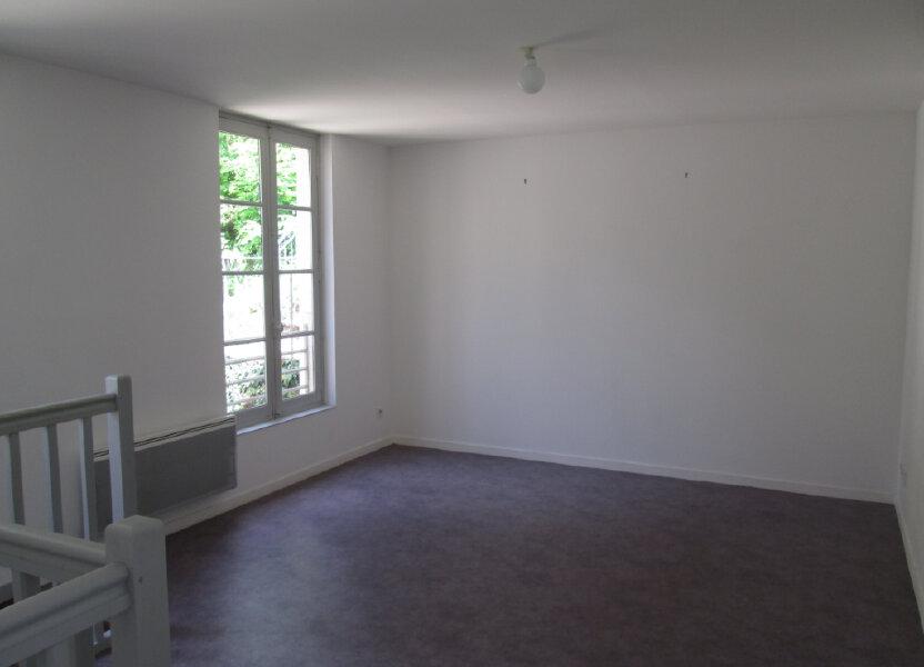 Appartement à louer 45.5m2 à Chinon