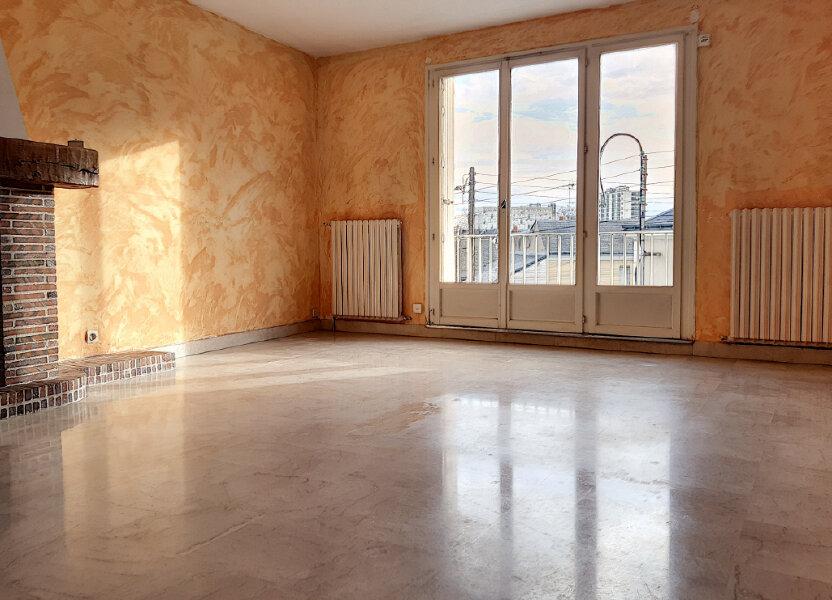 Appartement à louer 72.42m2 à Tours