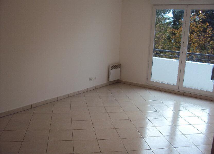 Appartement à louer 59.68m2 à Antony