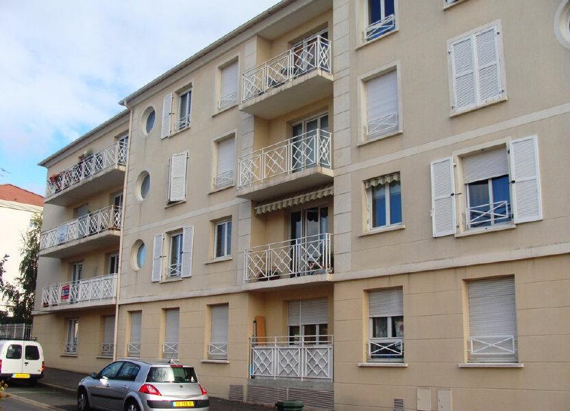 Appartement à louer 78.3m2 à Massy
