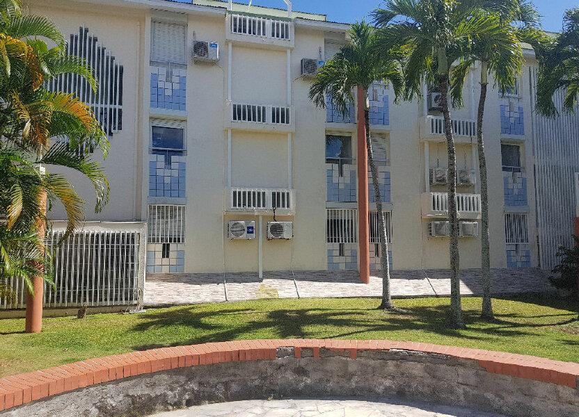 Appartement à louer 62m2 à Le Gosier