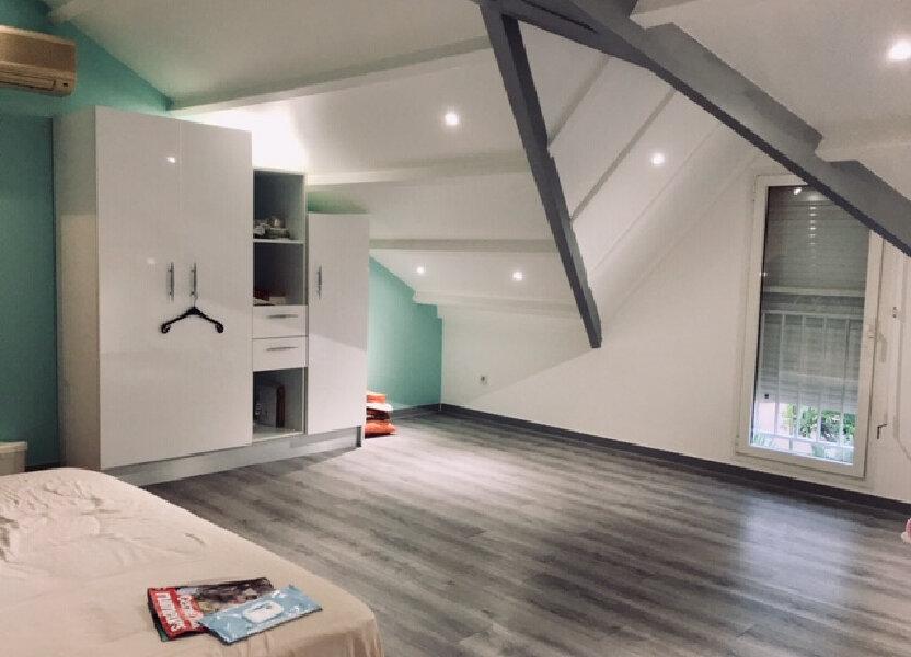 Appartement à louer 83m2 à Petit-Bourg