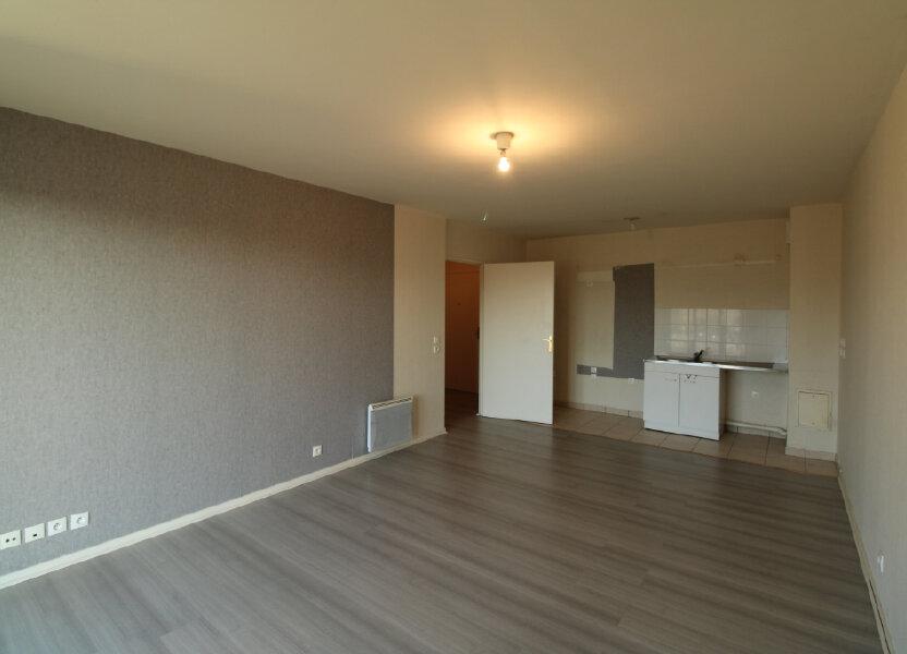Appartement à louer 60.85m2 à Mantes-la-Jolie