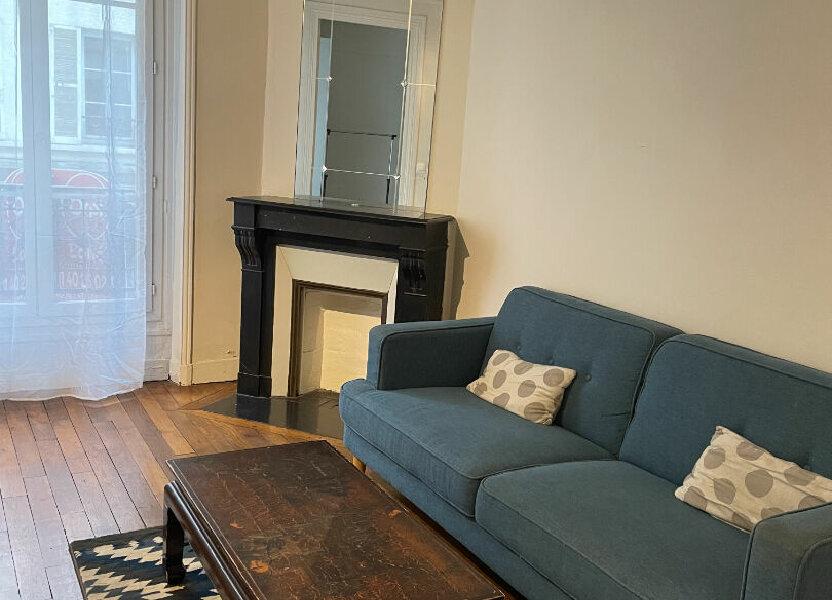 Appartement à louer 32m2 à Paris 17