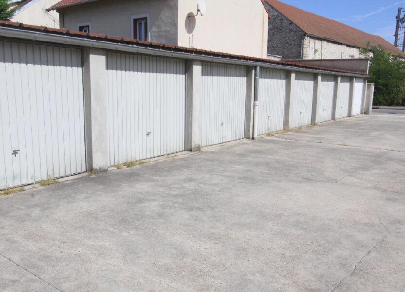 Stationnement à louer 0m2 à Les Mureaux