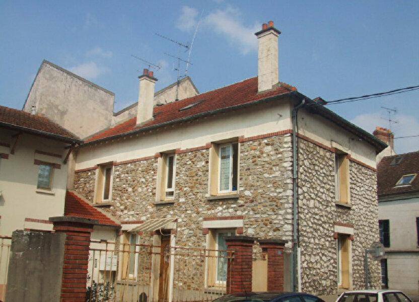 Appartement à louer 83.2m2 à Crécy-la-Chapelle