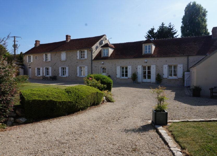 Maison à vendre 300m2 à Crécy-la-Chapelle