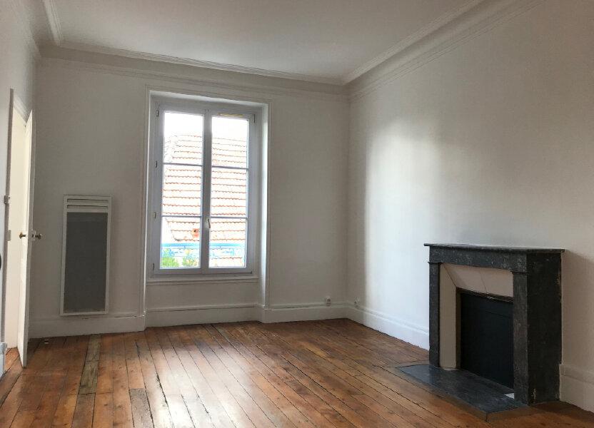 Appartement à louer 61m2 à Couilly-Pont-aux-Dames