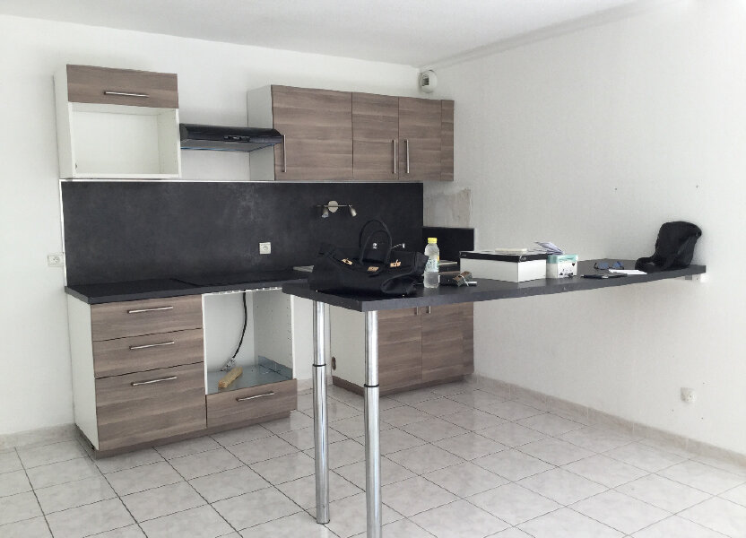 Appartement à louer 75.65m2 à Manosque