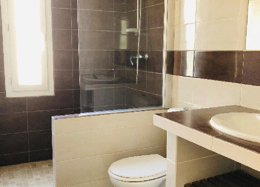 Appartement à louer 53.58m2 à Manosque
