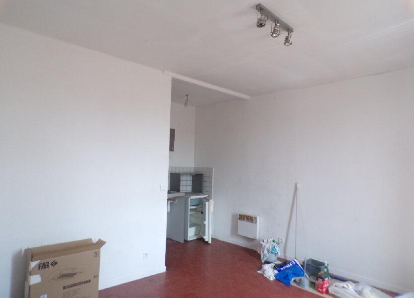 Appartement à louer 20.57m2 à La Tour-d'Aigues