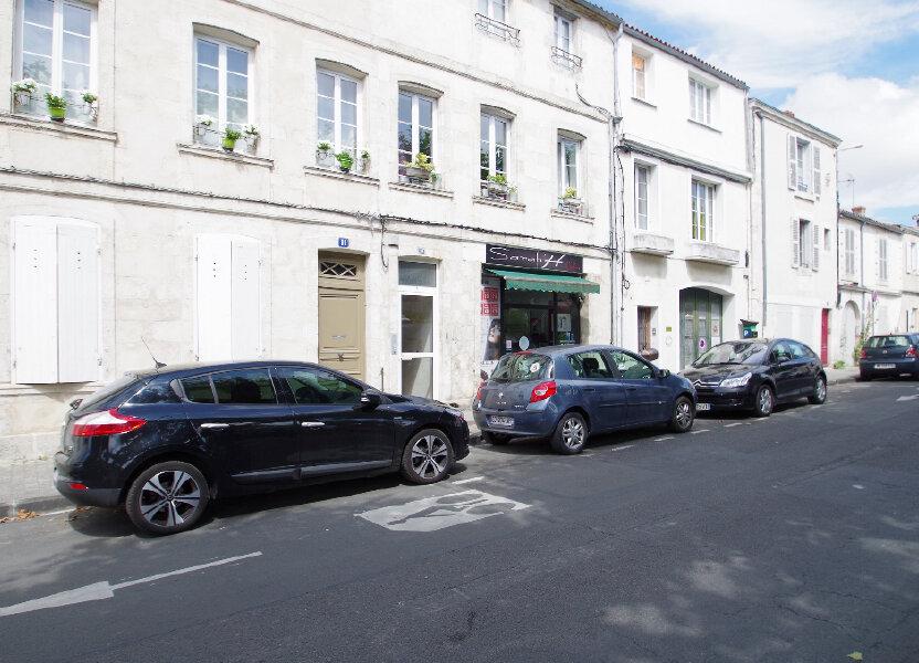 Appartement à louer 57.06m2 à La Rochelle