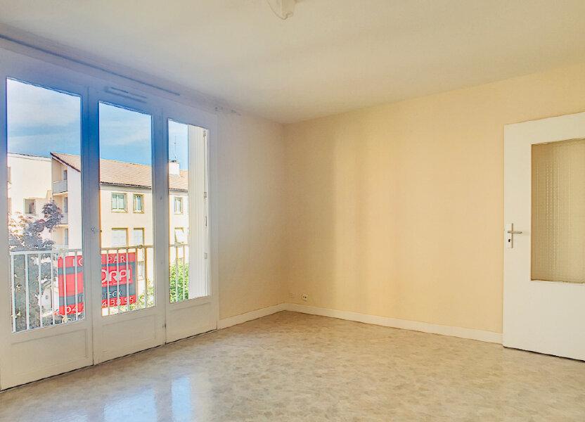 Appartement à louer 72m2 à Aurillac