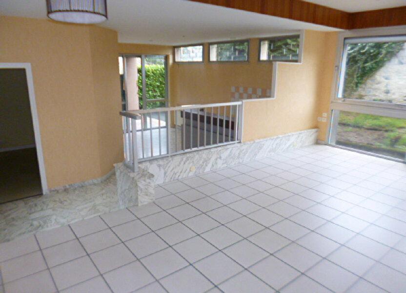 Appartement à louer 85.21m2 à Aurillac