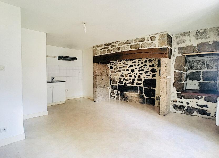 Appartement à louer 45m2 à Vic-sur-Cère