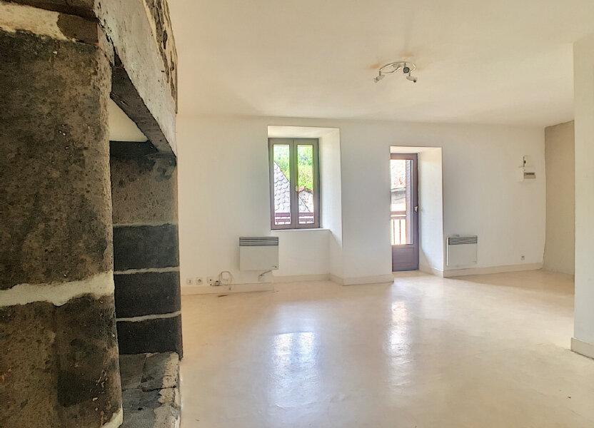 Appartement à louer 41m2 à Vic-sur-Cère