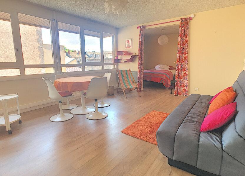 Appartement à louer 49.18m2 à Aurillac