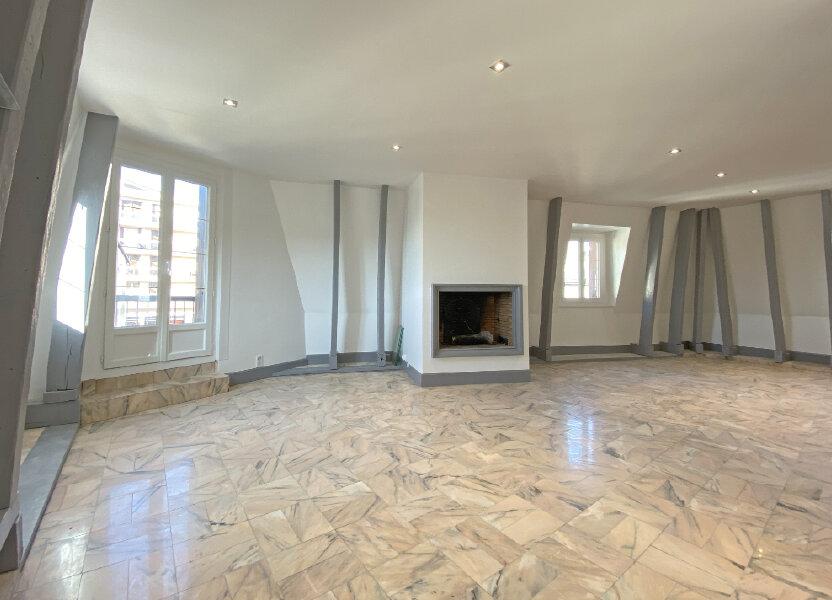 Appartement à louer 101m2 à Aurillac