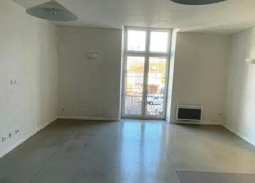 Appartement à louer 75m2 à Villeneuve-de-Marsan