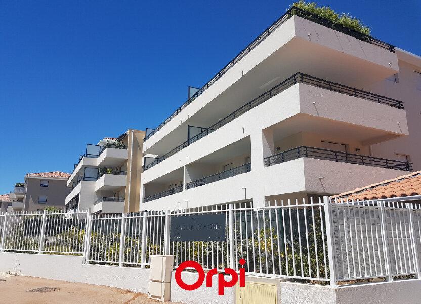 Appartement à louer 62.15m2 à Saint-Cyr-sur-Mer