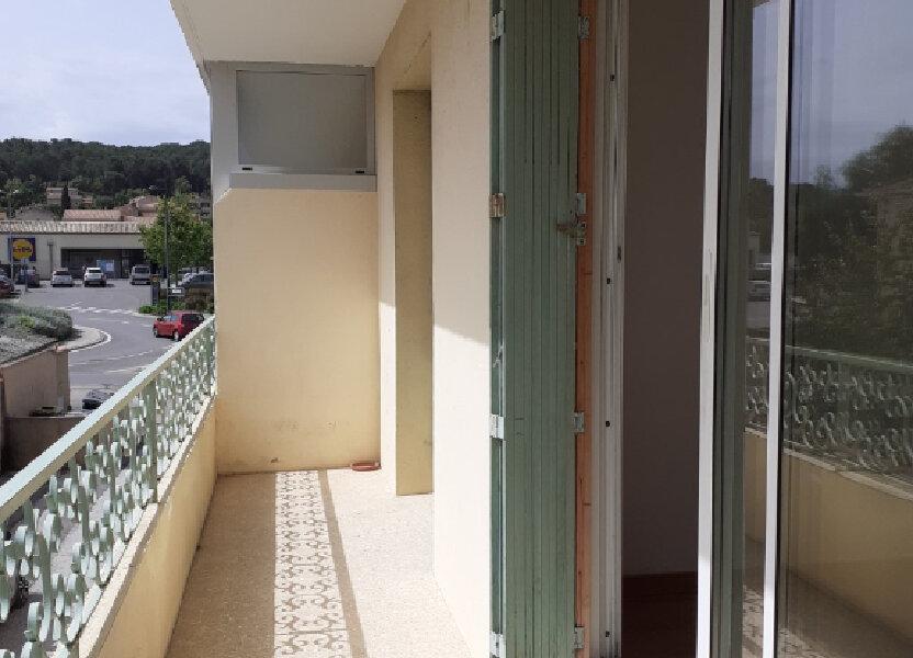 Appartement à louer 57m2 à Six-Fours-les-Plages