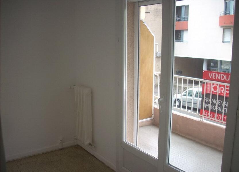 Appartement à louer 66m2 à La Ciotat