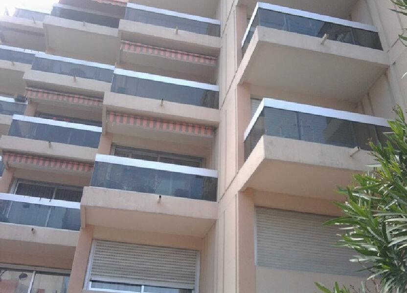 Appartement à louer 39m2 à Juan-les-Pins - Antibes
