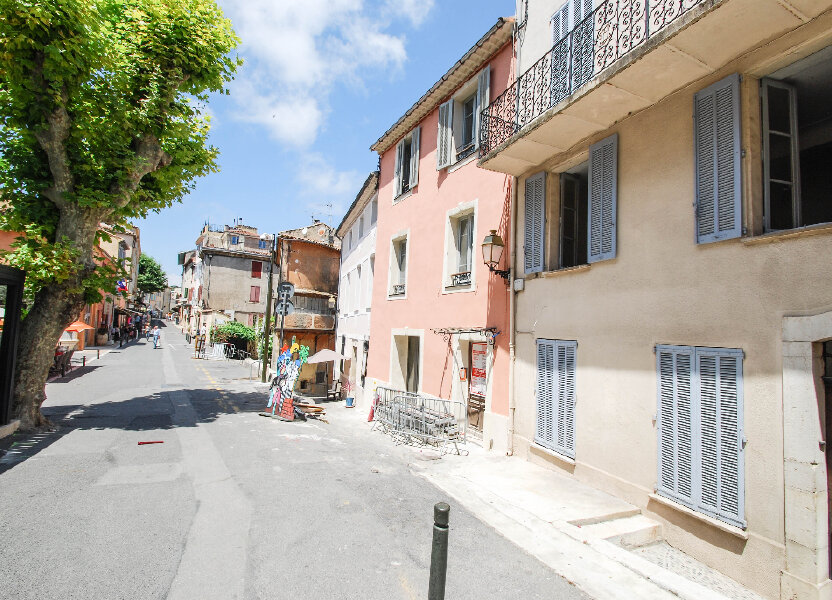 Appartement à louer 21m2 à Biot