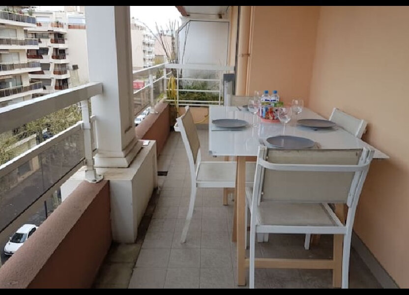 Appartement à vendre 34m2 à Juan-les-Pins - Antibes