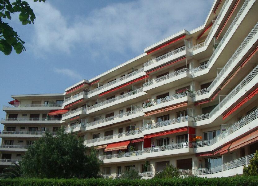 Appartement à louer 33.16m2 à Cagnes-sur-Mer