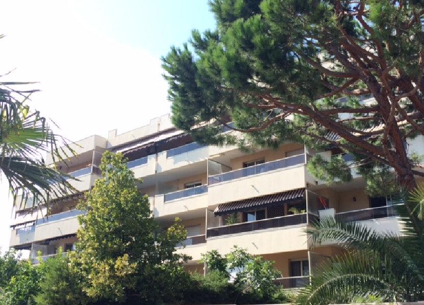 Appartement à louer 25.61m2 à Saint-Laurent-du-Var