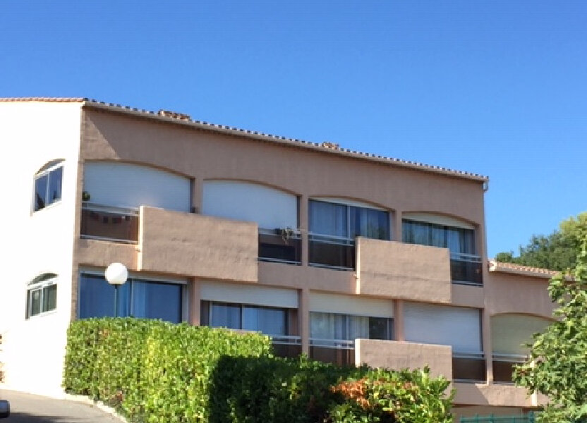 Appartement à louer 40m2 à Villeneuve-Loubet
