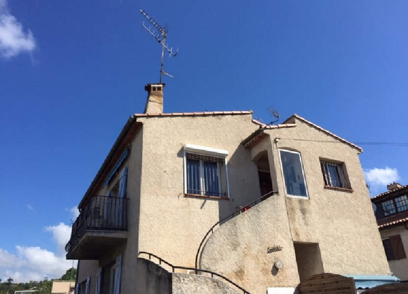 Appartement à louer 71.39m2 à Cagnes-sur-Mer