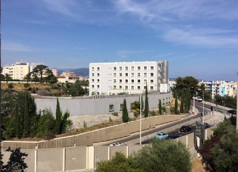 Appartement à louer 47.79m2 à Nice
