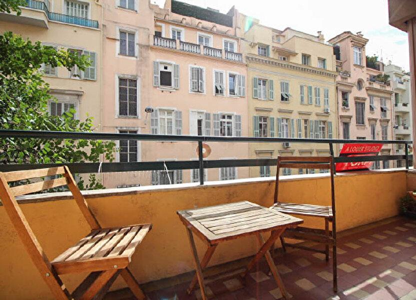 Appartement à louer 82m2 à Nice