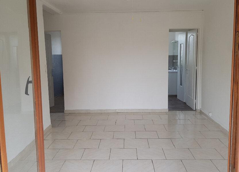 Appartement à louer 60m2 à Fréjus