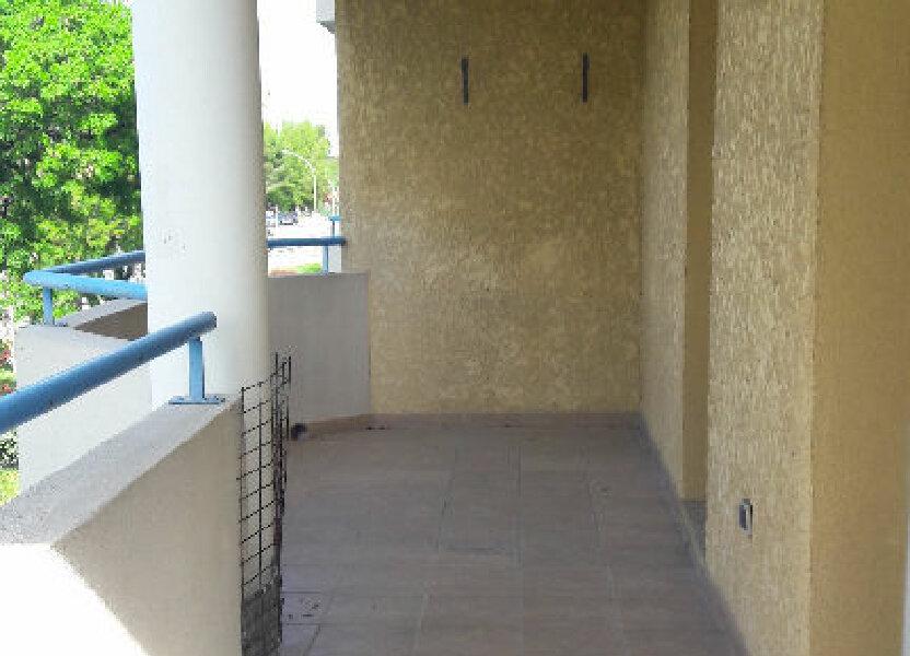Appartement à louer 60m2 à Marignane