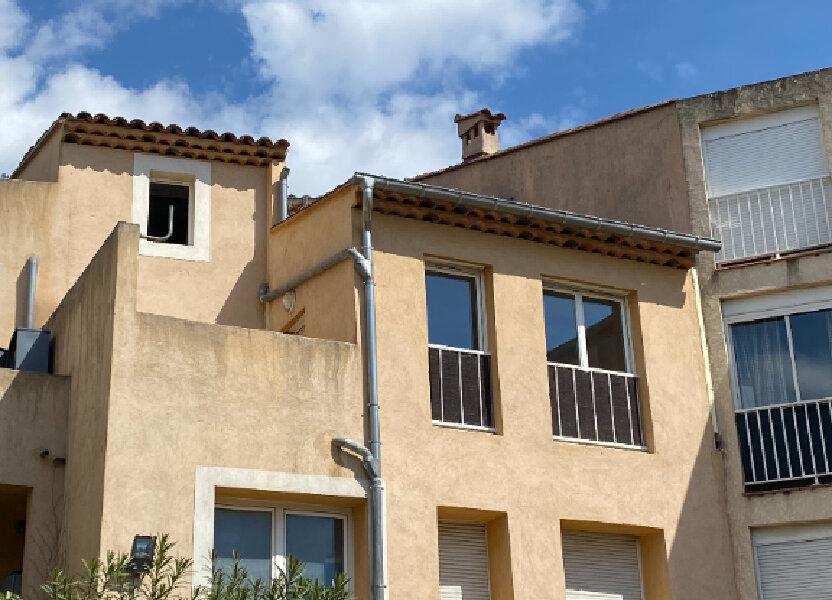 Appartement à louer 49m2 à Marignane
